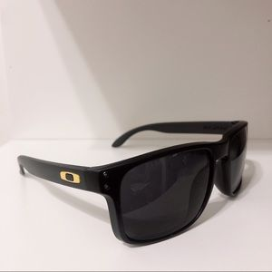 Other - Men's Oakley Sunglasses Black Yellow Holbrook eye